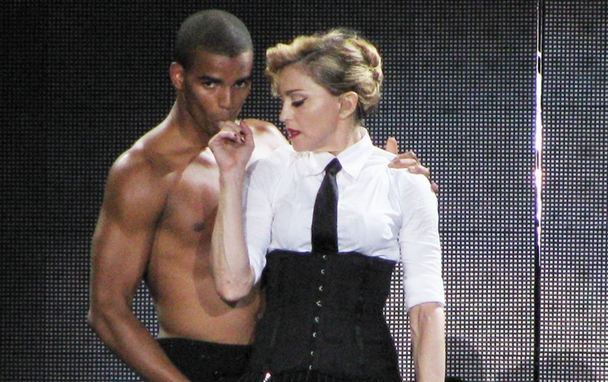 Madonna Splits From Boyfriend of Three Years, Rep Confirms