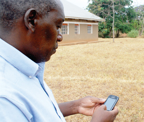 Uganda: Mobile phones keep farmers alert on weather changes