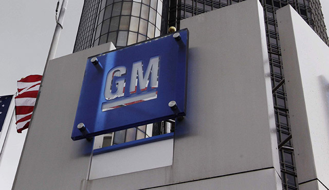 GM seeks to bar some ignition lawsuits