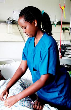 Nurses' body wants nursing assistants phased out