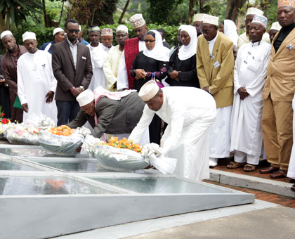 Muslims pay homage to Genocide victims