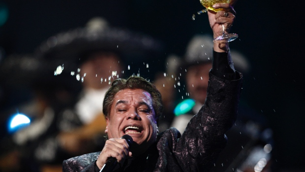 Mexican Singer Juan Gabriel Hospitalized With Pneumonia in Las Vegas