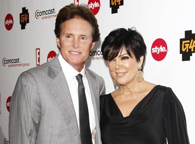 Kris Jenner Goes to Hospital With Bruce Jenner Following 'Some Internal Pains'